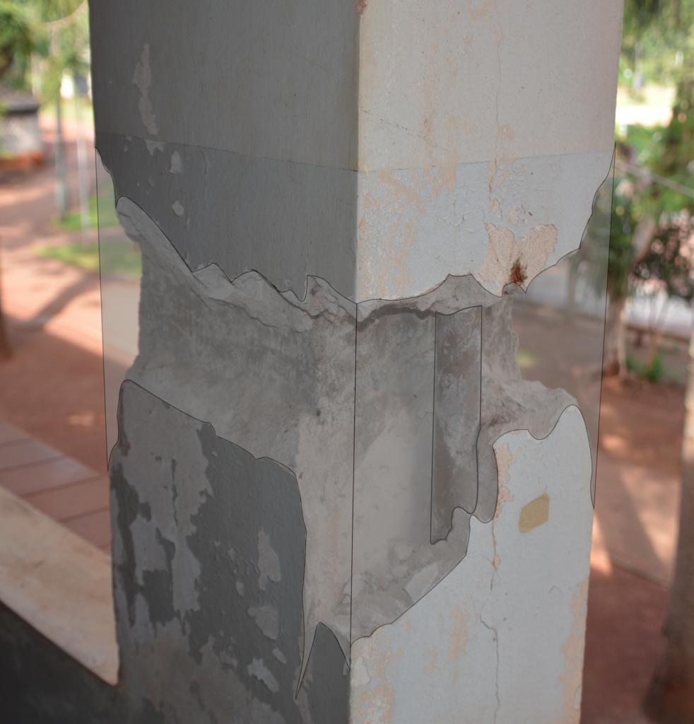 Coluna com projeção da manutenção